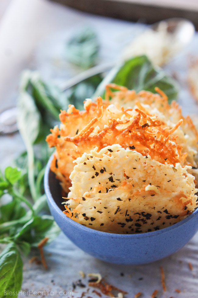 garlic-basil-parmesan-crisps-2-of-5