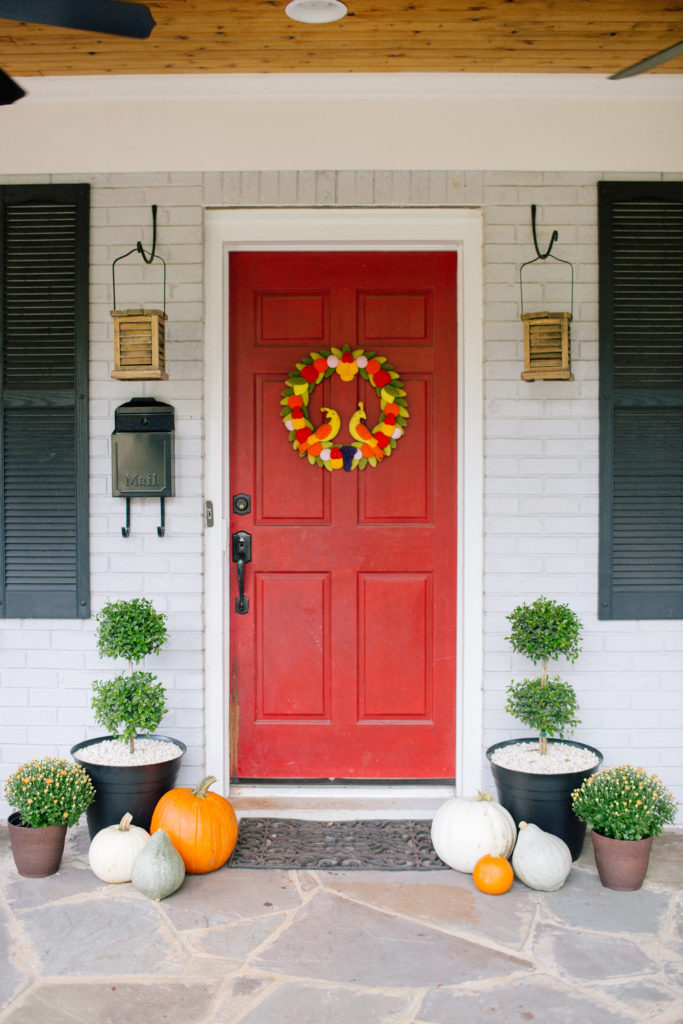 fall decor, home tour, interiors, home decor, front porch, porch decor, topiary